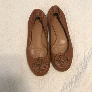 Tory Burch pebbled leather flats size 8.5